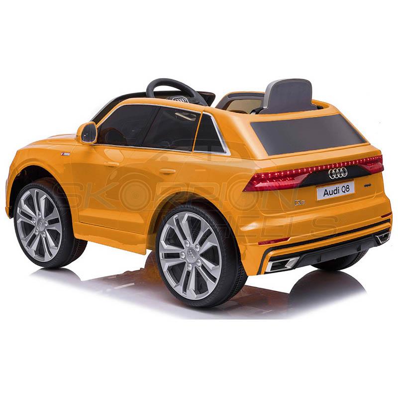SkorpionWheels Ηλεκτροκίνητο παιδικό αυτοκίνητο Audi Q8  Licenced 12v με τηλεκοντρόλ Κίτρινο 52460661